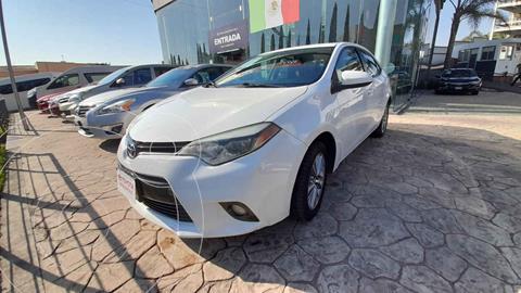 Toyota Corolla LE 1.8L Aut usado (2015) color Blanco precio $198,000