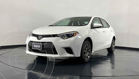 Toyota Corolla Base Aut usado (2014) color Blanco precio $174,999