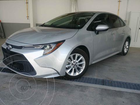 Toyota Corolla LE 1.8L Aut usado (2020) color Plata precio $320,000