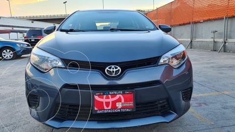 Toyota Corolla Base Aut usado (2015) color Gris Metalico precio $199,000
