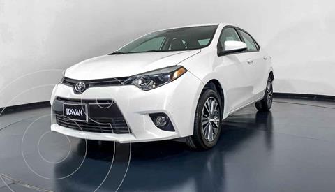 Toyota Corolla LE 1.8L Aut usado (2016) color Blanco precio $227,999