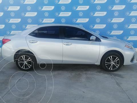 Toyota Corolla SE PLUS 1.8L L4 140HP CVT usado (2018) color Plata precio $290,000