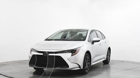 Toyota Corolla Base usado (2020) color Plata Dorado precio $302,500