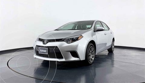 Toyota Corolla Base Aut usado (2015) color Plata precio $192,999