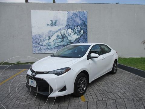 Toyota Corolla LE 1.8L usado (2018) color Blanco precio $265,000
