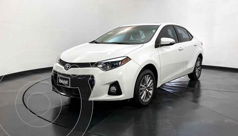 Toyota Corolla S 1.8L  usado (2015) color Blanco precio $219,999