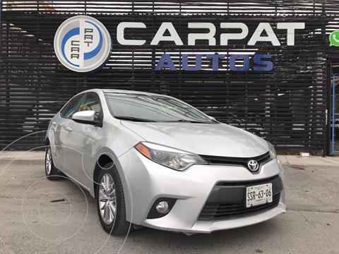 Toyota Corolla LE 1.8L usado (2015) color Plata Dorado precio $209,000