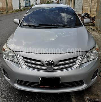 Toyota Corolla XEi 1.8L Aut usado (2013) color Plata precio u$s10.000