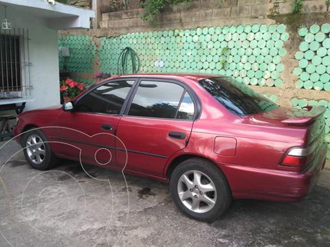 Toyota Corolla Xl L4,1.6i,16v A 1 1 usado (1997) color Rojo precio u$s2.400