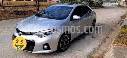 Toyota Corolla Seg 1.8 usado (2015) color Plata precio u$s17.000
