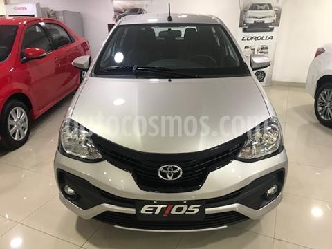 Toyota Etios Hatchback XLS Aut nuevo color Gris Plata  precio $1.471.100