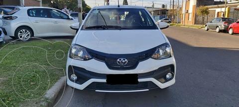 Toyota Etios Hatchback XLS nuevo color Blanco precio $1.950.000