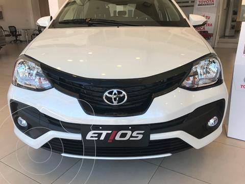 Toyota Etios Hatchback XLS Aut nuevo color Blanco precio $2.090.000