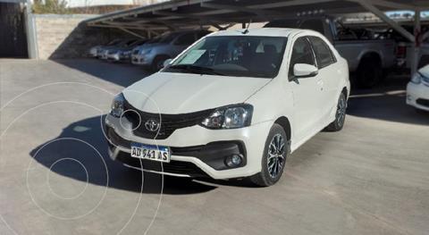 Toyota Etios Hatchback XLS Aut usado (2019) color Blanco precio $1.810.000