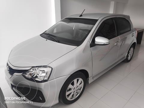 Toyota Etios Hatchback XLS usado (2018) color Blanco precio $1.600.000