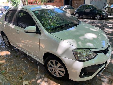 Toyota Etios Hatchback XLS Aut usado (2018) color Blanco precio u$s23.000