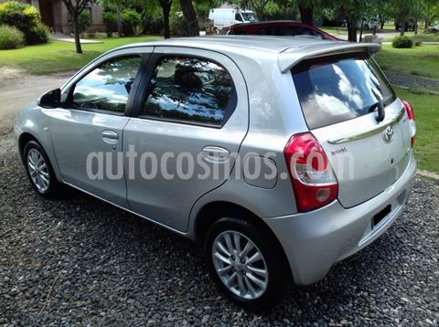 Toyota Etios Hatchback XLS usado (2014) color Gris Claro precio $790.000
