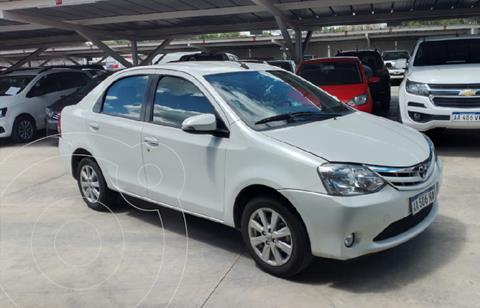 Toyota Etios Hatchback XLS usado (2016) color Blanco precio $1.280.000