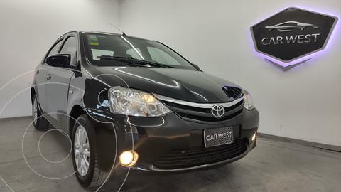 Toyota Etios Hatchback XLS usado (2014) color Negro precio $1.565.000