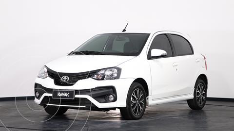 Toyota Etios Hatchback XLS Aut usado (2019) color Blanco precio $2.035.000