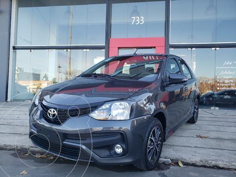 Toyota Etios Sedan XLS nuevo color Gris Oscuro precio $2.150.000