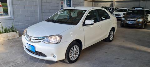 Toyota Etios Sedan XLS usado (2016) color Blanco precio $1.349.000