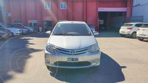 Toyota Etios Sedan XS usado (2014) color Gris Claro precio $895.000