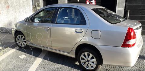 Toyota Etios Sedan XLS usado (2017) color Gris Plata  precio $930.000