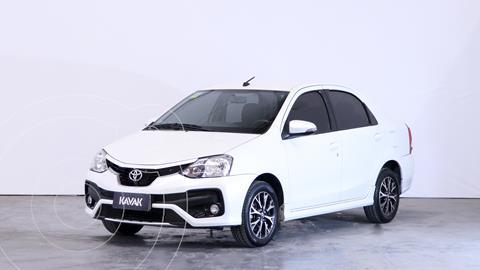 Toyota Etios Sedan Platinum Aut usado (2018) color Blanco precio $1.880.000