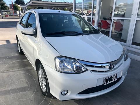 Toyota Etios Sedan XLS usado (2015) color Blanco precio $1.100.000
