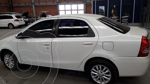 Toyota Etios Sedan XLS 2016/17 usado (2016) color Blanco Perla precio $930.000
