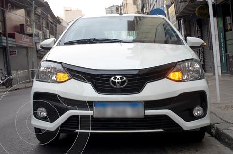 Toyota Etios Sedan XLS usado (2018) color Blanco Perla precio $1.540.000