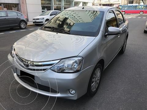 Toyota Etios Sedan XLS Aut usado (2018) color Plata precio $1.350.000