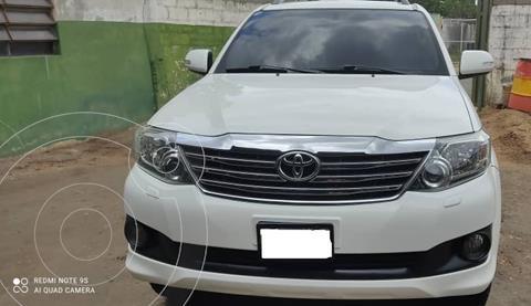 Toyota Fortuner 4.0L Aut 4x4 usado (2017) color Blanco precio u$s18.000