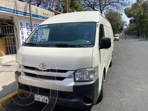 Toyota Hiace 2.7L Van Larga usado (2015) color Blanco precio $280,000