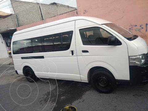 Toyota Hiace 2.7L Bus 15 Pas usado (2012) color Blanco Magnesio precio $205,000