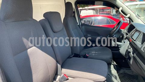 Toyota Hiace 2.7L Van Super Larga usado (2015) color Blanco Magnesio precio $280,000