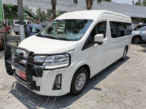 Toyota Hiace 3.5L 12 Pasajeros usado (2021) color Blanco precio $615,000