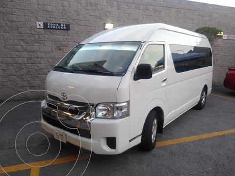 Toyota Hiace 2.7L Bus 15 Pas usado (2017) color Blanco precio $370,000
