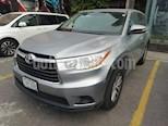 Foto venta Auto Seminuevo Toyota Highlander LE (2015) color Plata precio $300,000