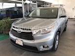 Foto venta Auto usado Toyota Highlander Limited (2015) color Plata precio $416,000