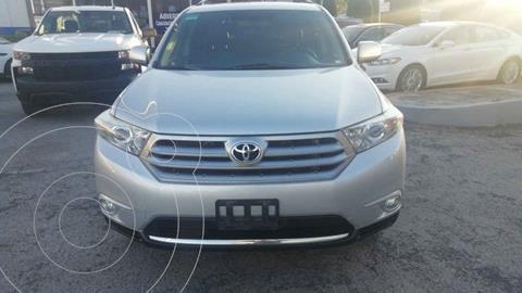 Toyota Highlander Sport Premium usado (2011) color Plata precio $180,000