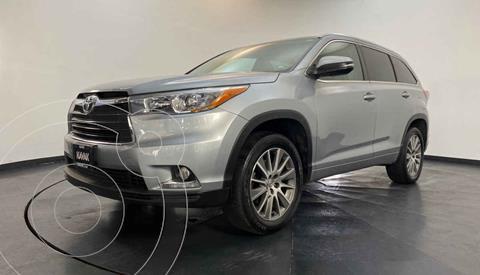 Toyota Highlander Limited usado (2015) color Plata precio $377,999