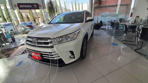 Toyota Highlander XLE usado (2019) color Blanco precio $588,000