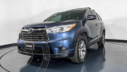 Toyota Highlander XLE usado (2015) color Azul precio $345,999