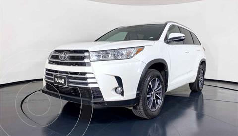 Toyota Highlander XLE usado (2017) color Blanco precio $494,999