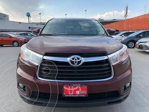 Toyota Highlander XLE usado (2016) color Rojo precio $394,000