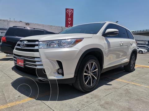Toyota Highlander XLE usado (2019) color Blanco Perla precio $599,000
