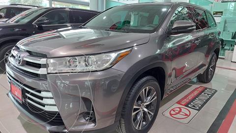 Toyota Highlander LE usado (2018) color Gris precio $429,000