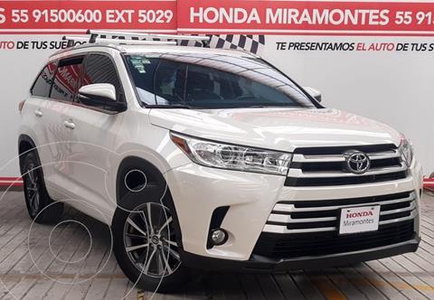 Toyota Highlander XLE usado (2018) color Blanco financiado en mensualidades(enganche $128,750 mensualidades desde $10,325)